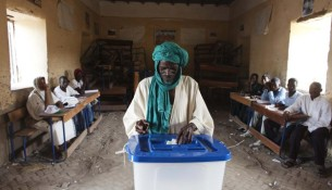 VOTE-REU-MALI-ELECTION_1-600x400