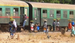 situation-de-transrail-les-divergences-croisees-mali_train