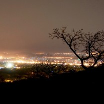 Bamako_night_hills_may_2007