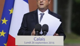 2016-09-26t083308z_1396392391_d1beudmjjgaa_rtrmadp_3_europe-migrants-hollande-calais_0_0